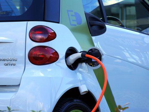 Les batteries lithium-ion sont-elles vraiment moins polluantes?