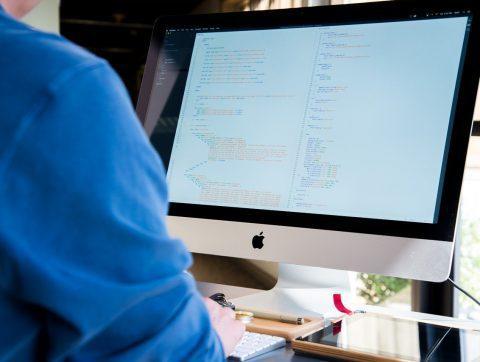1,2 million de dollars à Deloitte pour soutenir la création d'emplois en TI