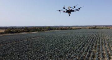 [VIDÉO] - DES DRONES ARRIVENT DANS LES CHAMPS QUÉBÉCOIS