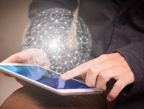 Quatre nouvelles bourses pour attirer des talents en IA