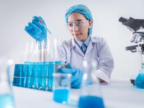 L'UQAM crée un Fonds pour les femmes en science