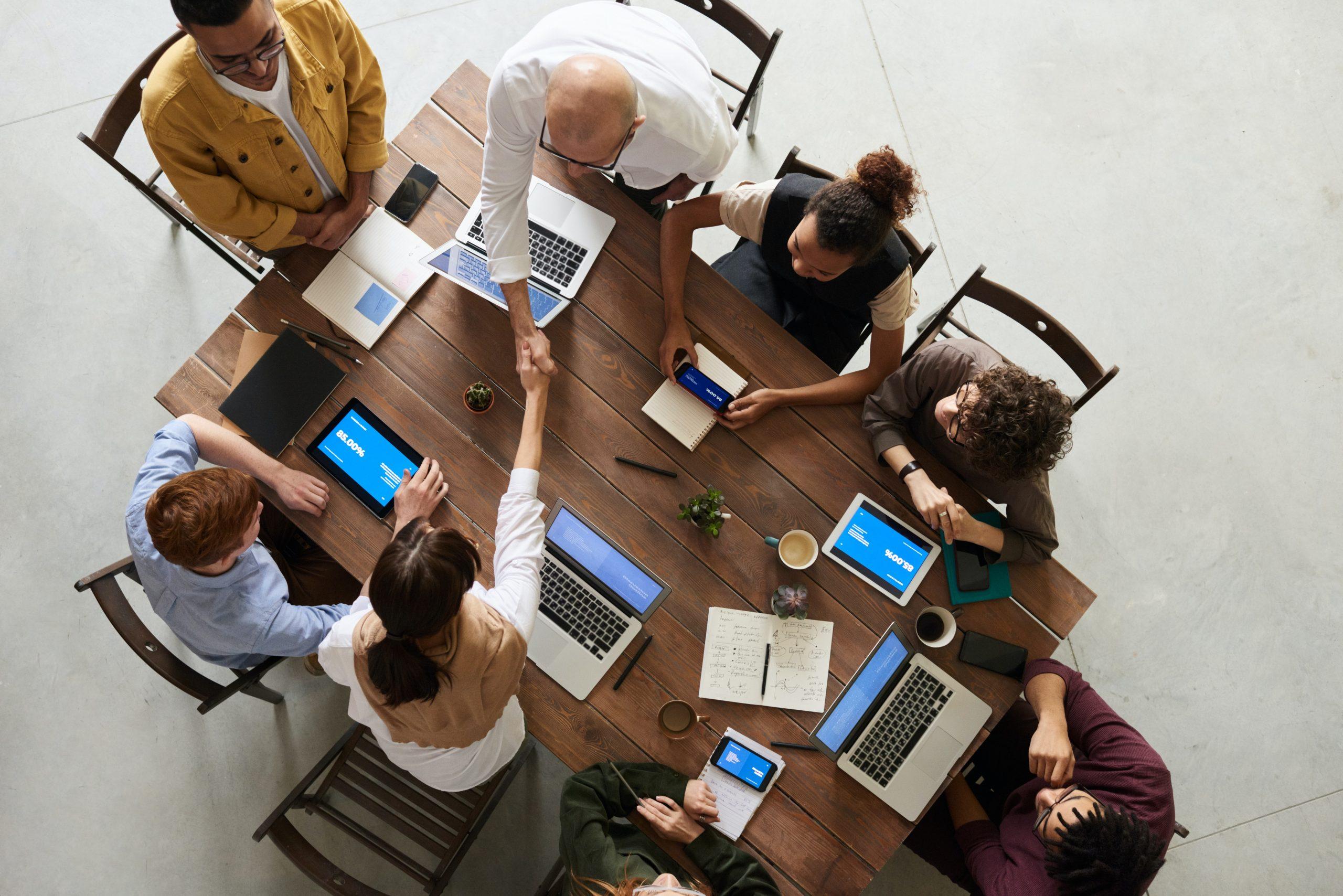 Employés bureau. Crédit photo: Pexels/Fauxels