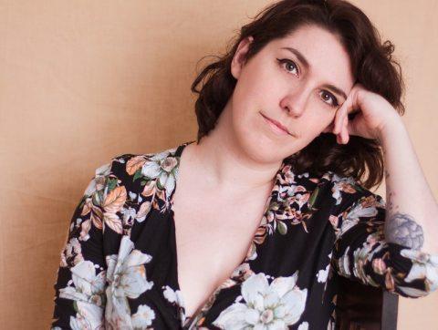 [LES GRANDES ENTREVUES DE L'ÉTÉ] IA, théâtre et douleur chronique : rencontre avec Marie Ayotte