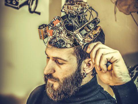 Implants cérébraux: la fin du libre arbitre?