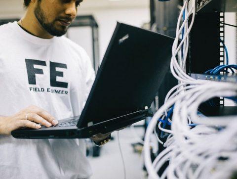 Les techniciens: un rouage «incontournable» en IA